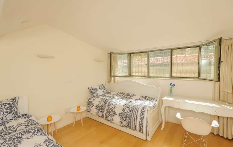 Yemin.Moshe.House.FOr.Sale
