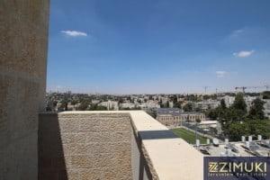 Penthouse for rent in baka jerusalem