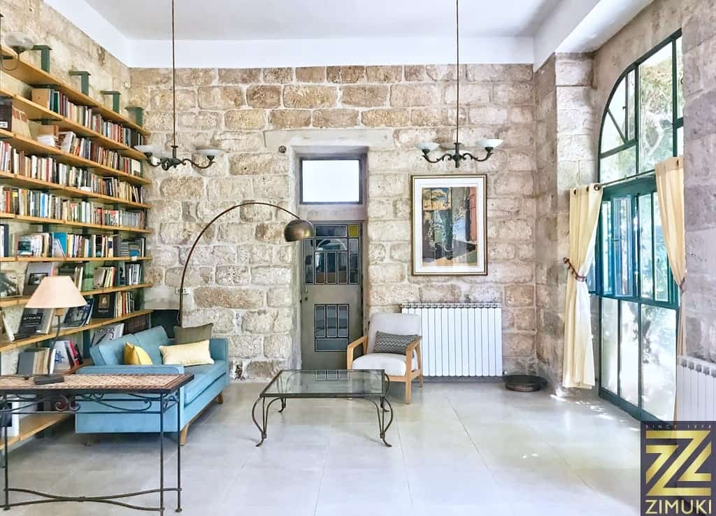 Garden apartment in an Historical house for sale in Jerusalem