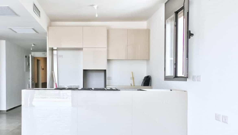 Haneviim street luxury rental 5 rooms