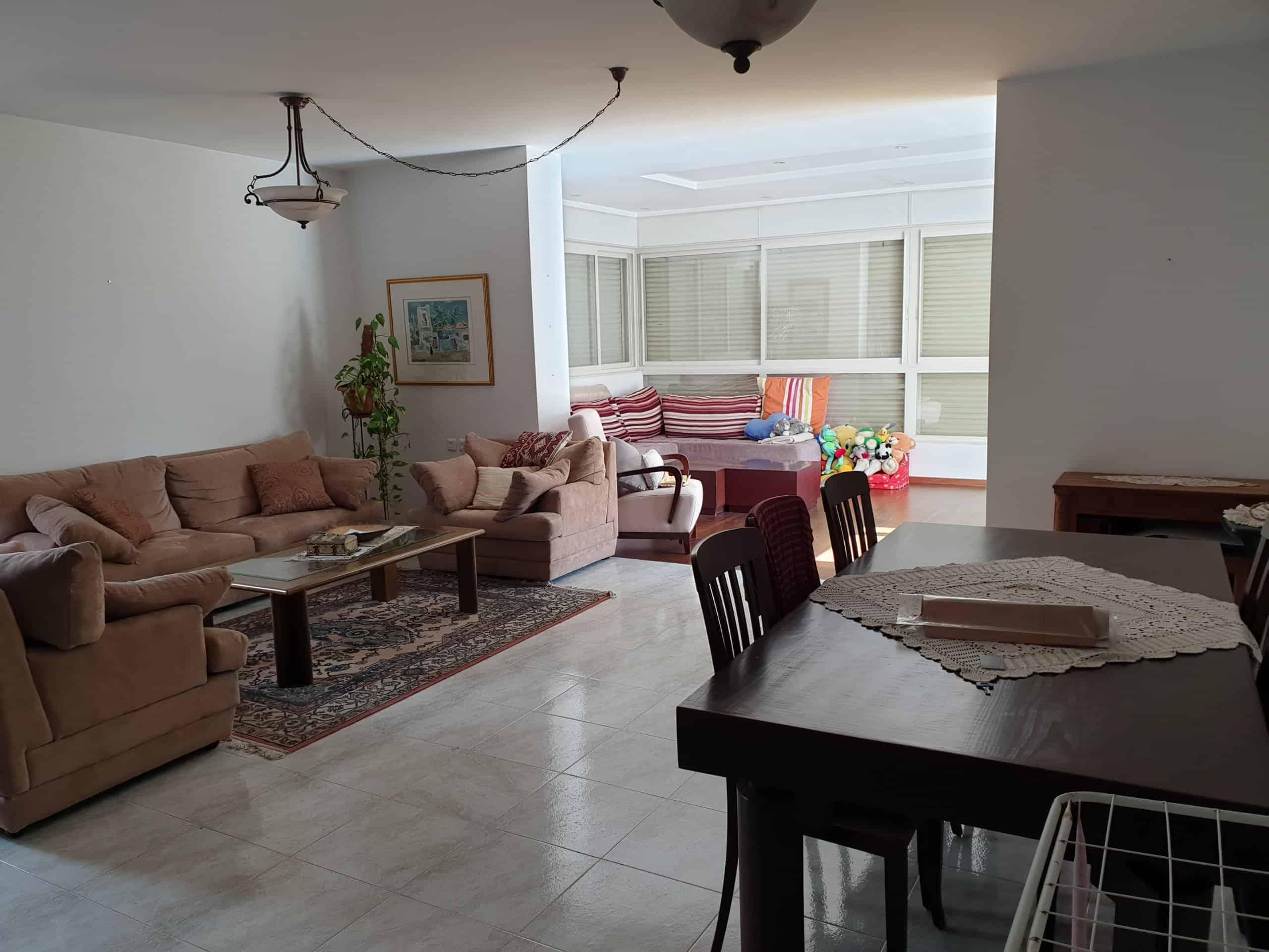 דירת 5 חדרים למכירה באייל מלחה