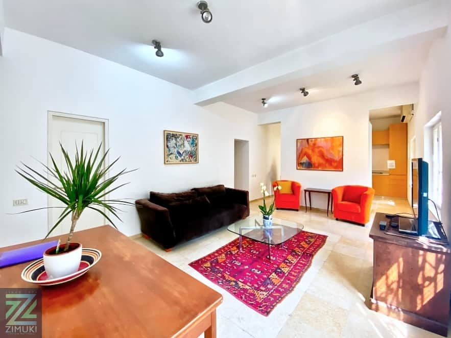 Masaryk.street.2.5BR.Apartment
