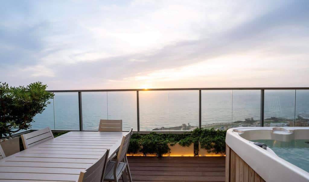 Penthouse.on.the.sea.of.Netanya.for.sale